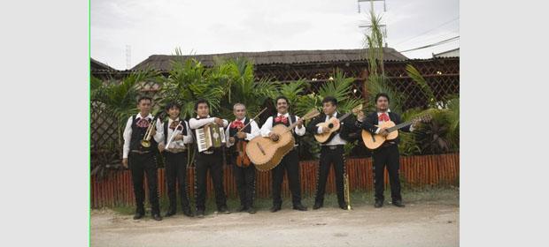 Aaron mariachis en cartagena tel fono y direcci n for Santander sucursales cordoba