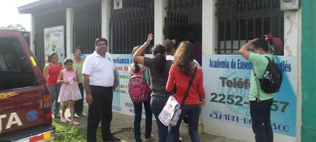 Academia De Enseñanza En Inglés - Adei Cambiando Su Vida