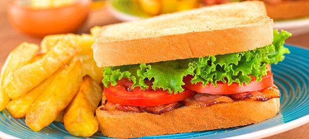 Desayunadero Bahía Car'S