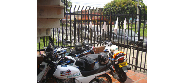 Centro de Enseñanza Automovilística My Roj