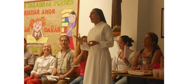 Instituto De Hermanas Franciscanas De Santa Clara