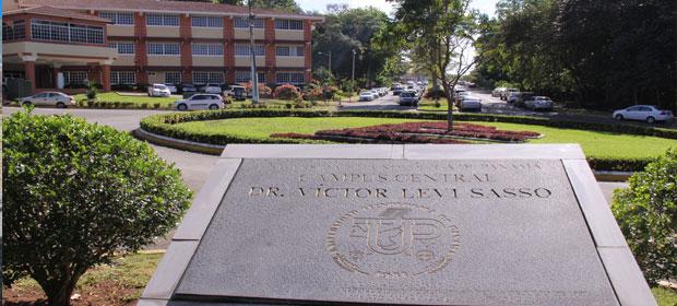 Universidad Tecnológica De Panamá (Utp)