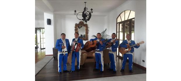 Mariachi Alegre Estrellas De México