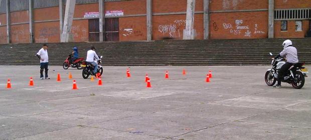 Autoescuela Uno