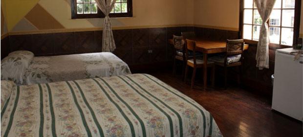 Apart- Hotel Las Torres Guest House