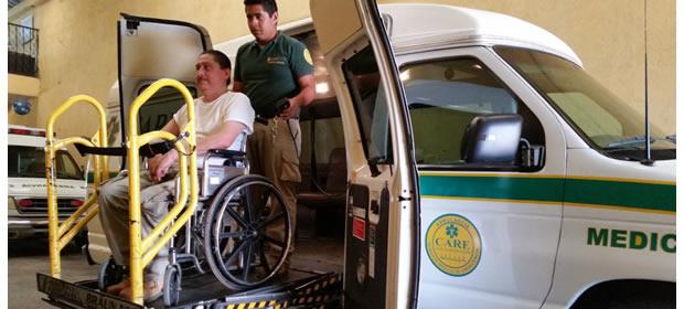 Care / Traslado En Silla De Ruedas