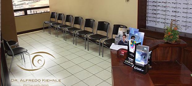 Clinica Y Optica Dr.Alfredo Kiehnle