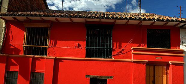 Aparta-Estudios La Candelaria