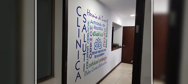 Clínica Saluti - Imagen 4 - Visitanos!
