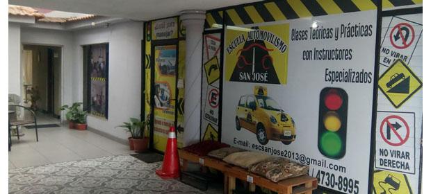 Escuela De Automovilismo, San Jose - Imagen 3 - Visitanos!