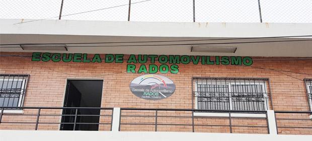 Escuela De Automovilismo Rados