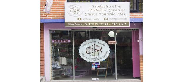 Petunias Cake - Imagen 1 - Visitanos!