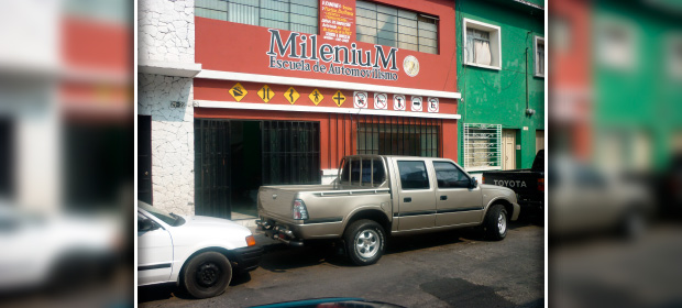 Escuela De Automovilismo Milenium