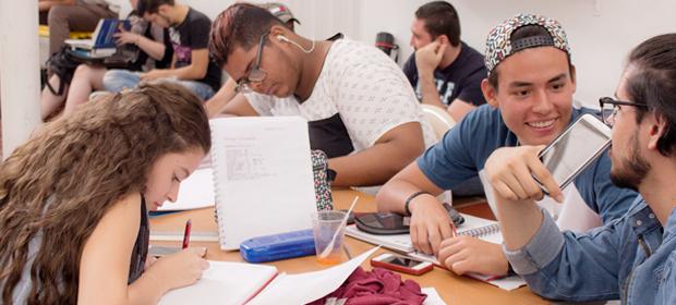 Fundación Academia De Dibujo Profesional